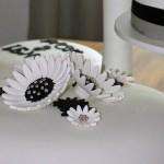 Permanent Link: Bröllopstårta i svart och vitt