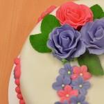 Permanent Link: Rosa och lila tårta med rosor