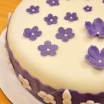 Permanent Link: Lila småblommig tårta