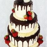 Somrig bröllopstårta