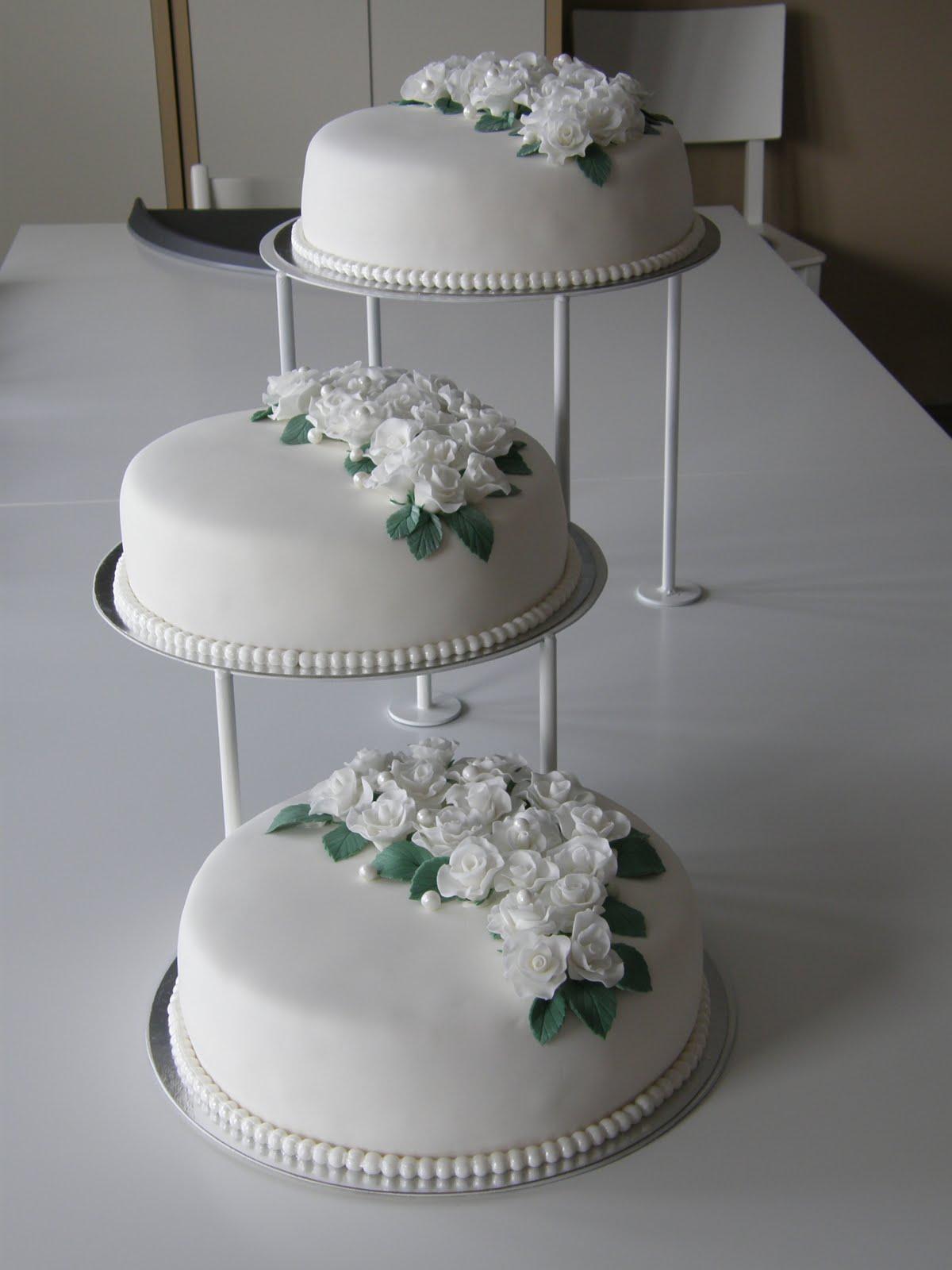 dekoration till bröllopstårta