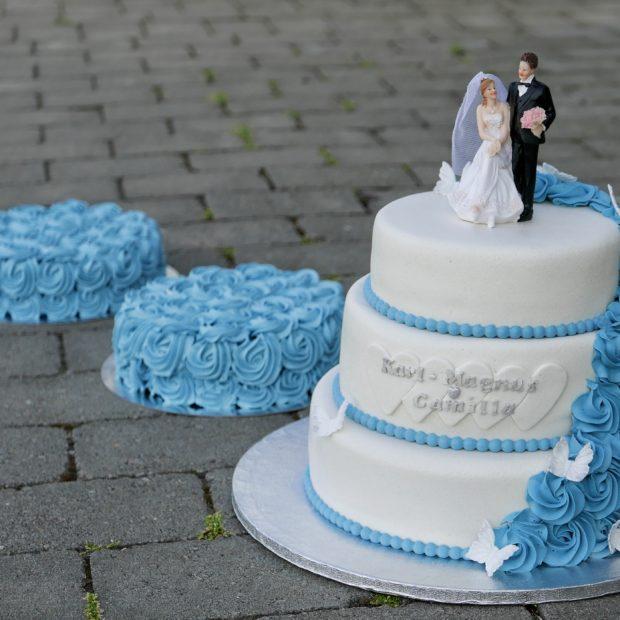 Bröllopstårta i blått