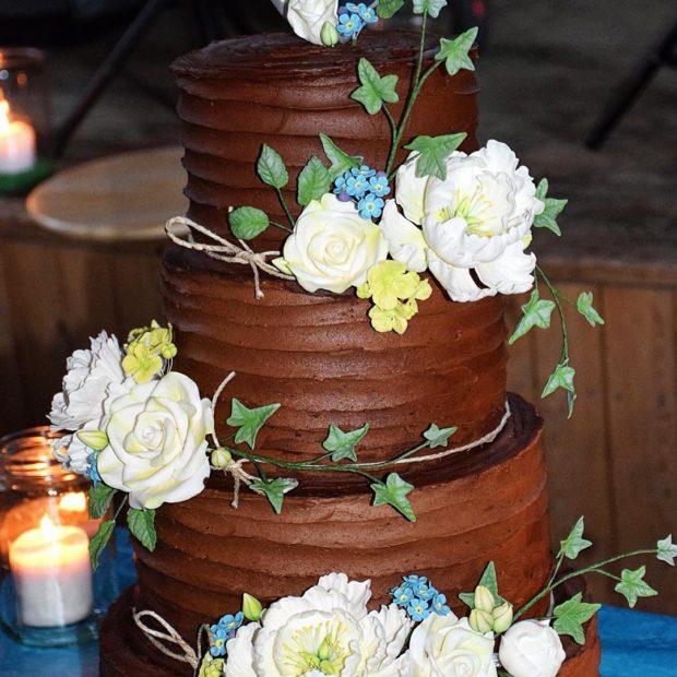 Rustik bröllopstårta